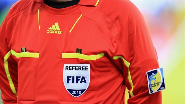 FIFA piros mez - forrás: fifa.com