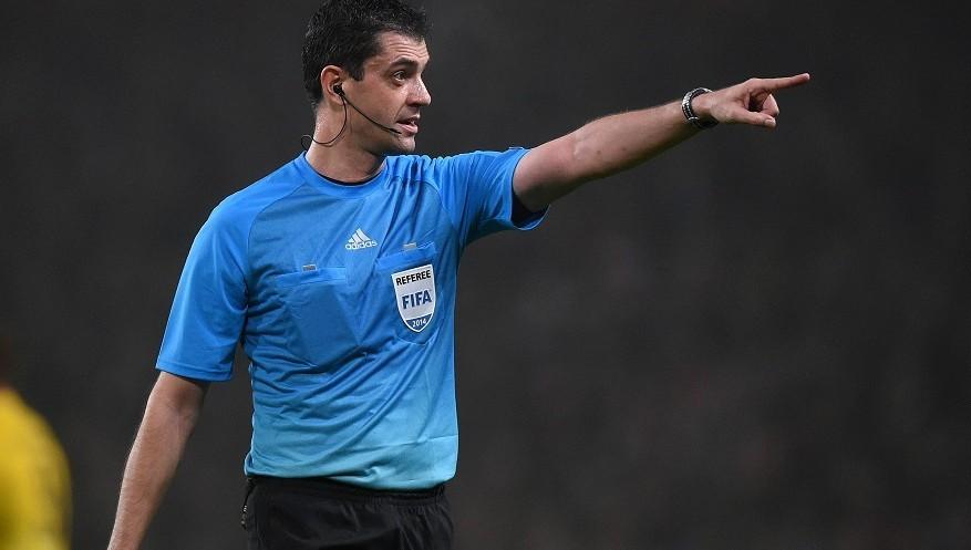 Kassai Viktor - kék mezben - forrás: uefa.com