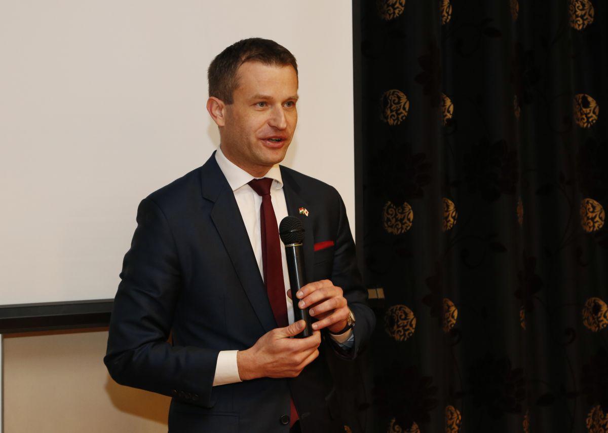 Palanovics Norbert - nagykövet - forrás: pecsiujsag.hu