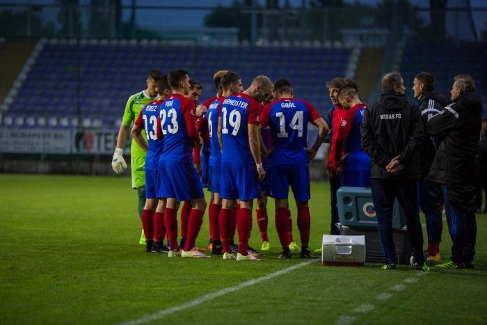 Újpest - stadion sötét - forrás: csakfoci.hu